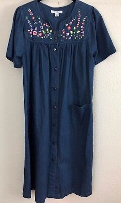 b3f022f5c32 Go Softly Patio Dress Sz Small Denim Embroidered Floral Duster Snap Front  EUC G9