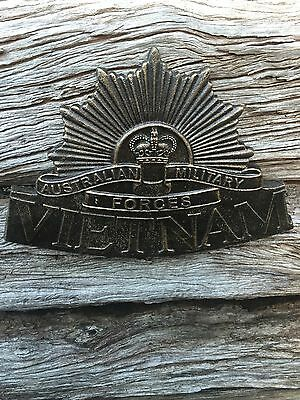 VIETNAM  Australian Rising Sun Commemorative Cast Iron Wall Plaque ,Badge