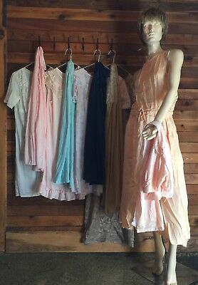 T99 ~ LOT of 10 VINTAGE SIZE MEDIUM NIGHTGOWNS and ROBES