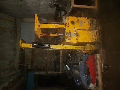 electric forklift truck (Saxby)