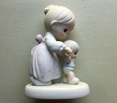 """Precious Moments Members Club 1990 Figurine,""""One Step At A Time"""""""