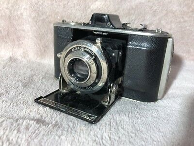 Vintage Agfa Memo 35 mm camera with Memar 4.5 lens and fitted Agfa leather case