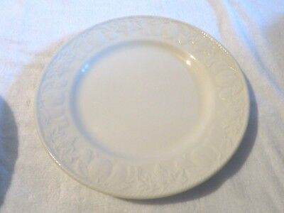 Bhs Lincoln Embossed Fruits 1 X 10 Inch Dinner Plate (Barratts Lincoln )