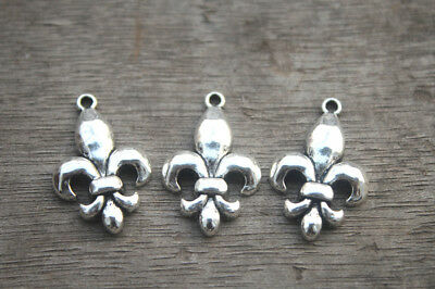 15pcs Fleur de Lis Charms silver tone 2 sided French Lily Charm pendant 20x29mm