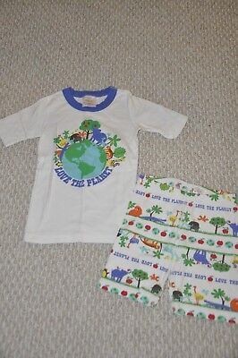Hanna Andersson Love the Planet Pajama 2 Piece Short Set-  size 130 or US size 8