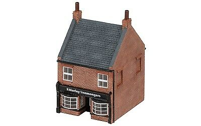 Hornby The Ironmonger's Shop R9846 OO Scale (suit HO also)
