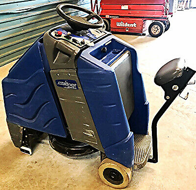 """TENNANT WINDSOR CHARIOT iGloss 20"""" BURNISHER RIDE ON AUTO SCRUBBER WATCH VIDEO"""