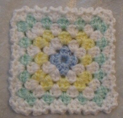 Miniature DOLLHOUSE BABY Crochet Mini BLANKET, Afghan, Quilt #01 Sweet & Soft