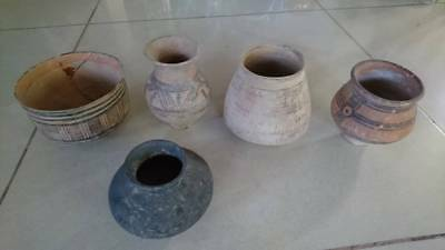 Ancient Teracotta Indus Valley Large Painted 5 pots C 2000 BC