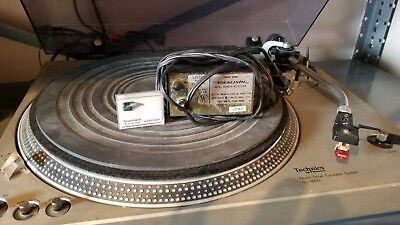 TECHNICS SL-1800 DIRECT DRIVE STEREO TURNTABLE w CARTRIDGE and Realistic amp