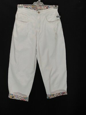 1980's  Vintage High Waisted 3/4 Length Denim Jeans with Floral Trim.