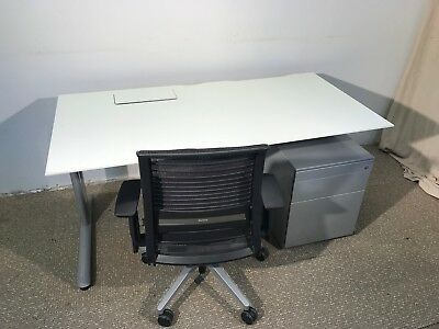 White Office Desk with Power block, Height Adjustable (650mm to 820mm)