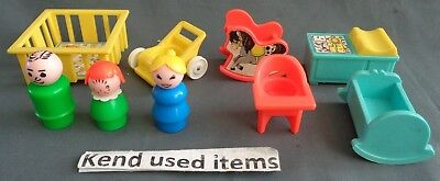 FISHER PRICE LITTLE PEOPLE VINTAGE 761 play family nursery set COMPLEET 1972