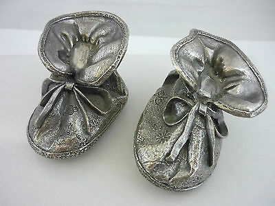 Stunning Rare Pair Of Sterling Silver Baby's Shoes By Country Artists