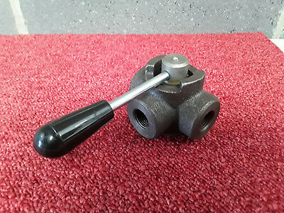 "1/2"" BSP Three Port Manual Hydraulic Open Centre Diverter or Selector Valve *"