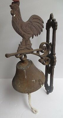Vintage Rustic Heavy Cast Iron Dinner Bell Rooster Wall Mounted