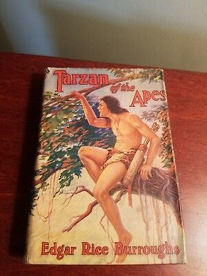 Tarzan Of The Apes, Dust Jacket, Great Condition! Grosset And Dunlap Publisher!