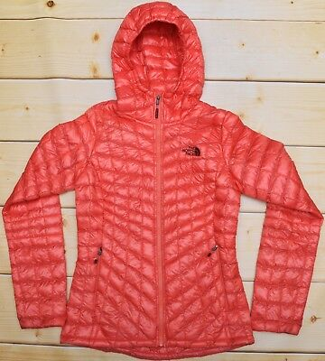 THE NORTH FACE THERMOBALL HOODIE - PRIMALOFT down WOMEN'S CORAL JACKET - S