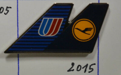 LUFTHANSA  - United Airlines  PIN Badge   3,5 x 2  cm    (AN2014)