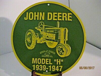 "John Deere 12"" Round Metal Sign Model H 1939-1947 Reproduction"
