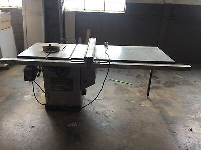 2000 Delta Unisaw - Table Saw with Extended Table