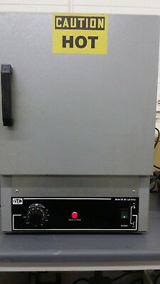 Quincy Model 20 GC Lab Oven- Hydraulic Gravity Laboratory Oven