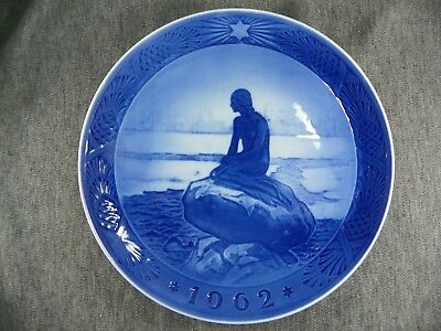 Royal Copenhagen 1962 The Little Mermaid At Wintertime Christmas Plate Excellent