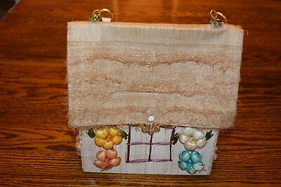 Vintage Made in Philippines Straw Multi Color HOUSE SHAPE Purse HANDBAG Summer