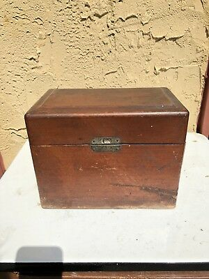 QUACK MEDICAL DEVICE - Chloride Of Silver Co. Faradic MEDICAL BATTERY Box Rare