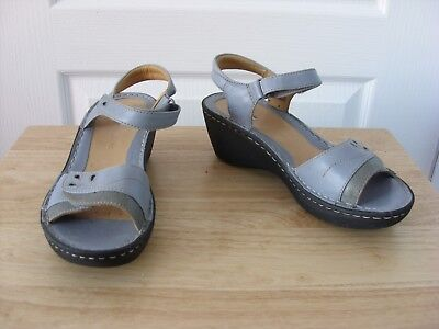 9cfd44165279 LADIES CLARKS ARTISAN Unstructured Grey Leather Sandals Size Uk 5D ...
