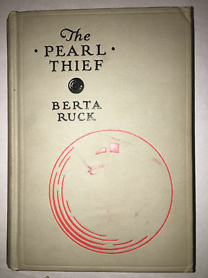 The Pearl Thief by Ruck, Berta