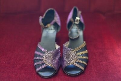 Dancing Shoes with suede soles, Very comfortable size 39