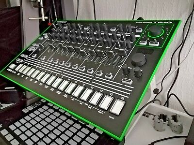 TR-8 Roland Drummaschine in OVP inkl. 100€ Expansion Paket 707 606 808 909