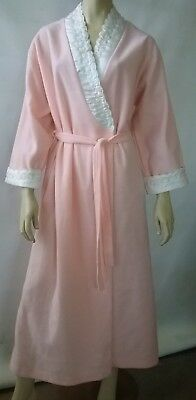 VINTAGE DRESSING GOWN ladies size 14 embroidered house coat bath robe retro