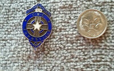 Silver Cbc-Christian Brothers- Townsville School Pin / Badge