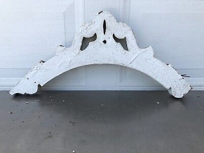 1 Antique Victorian Wood Corner Corbels Gingerbread White Chippy Paint