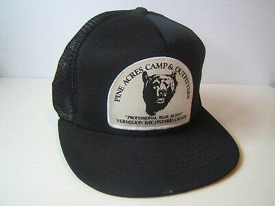 03a1db4b Pine Acres Camp Outfitters Bear Hunt Patch Hat VTG Black Snapback Trucker  Cap