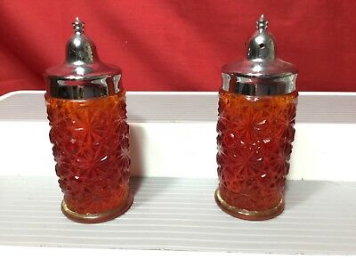 Vintage L.e. Smith Red Amberina Red Daisy Button Pattern Salt & Pepper Shakers