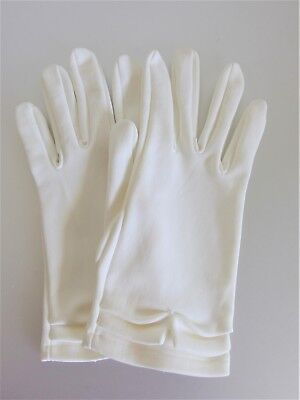 Vintage 1960's White Cotton Blend Ladies Gloves