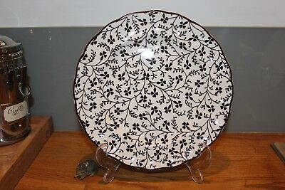 "Laura Ashley plate by Johnson Brothers from the Susanna range - 8.75"" across"