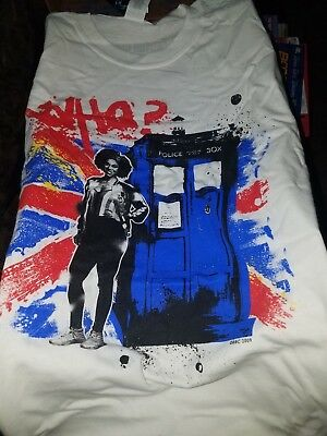 Doctor Who Bill & The Box T-Shirt Xxl Brand New! Never Worn Never Used!