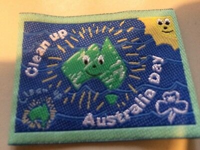 Girl Guides / Scouts Clean Up Australia Green