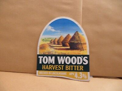 TOM WOODS HARVEST BITTER  Ale Beer Pump Clip Bar Collectible