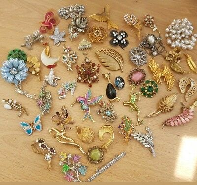 Vintage Jewellery Job Lot Collection of Brooches Antique Modern Art Deco
