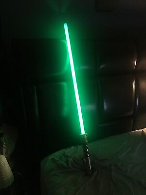 STAR WARS 2010 Hasbro Luke Skywalker GREEN Lightsaber (USED BUT GOOD CONDITION)