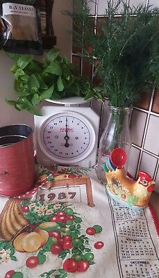 🌷vintage Retro Kitsch Persinware Kitchen Scales - White/blue - 720
