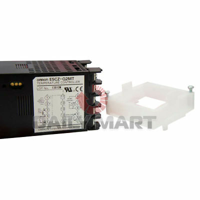 New Omron E5CZ-Q2MT Temperature Controller 100-240VAC