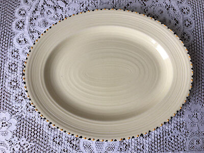 Oval serving plate in Crown Ducal Art Deco stitch pattern