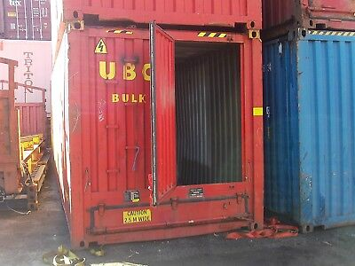 30 ft Single door shipping/storage container.