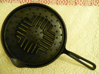 Very Rare Antique Unbranded 1900 Cast Iron Double Broiler Pan Deep Heat Ring